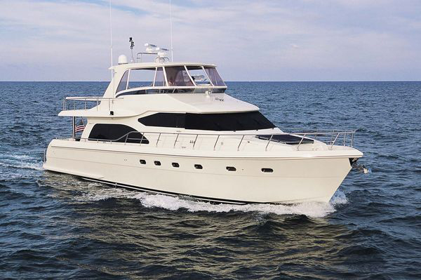 680 Hampton Pilothouse Motor Yacht